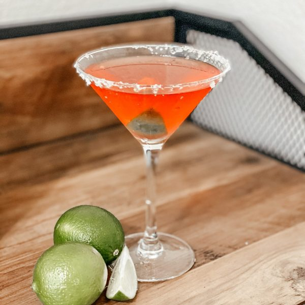 4-Ingredient Low Calorie Happy Hour Drink