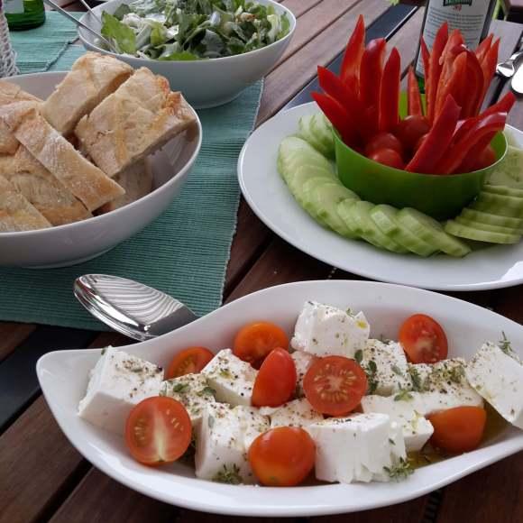 Rohkost und Salate