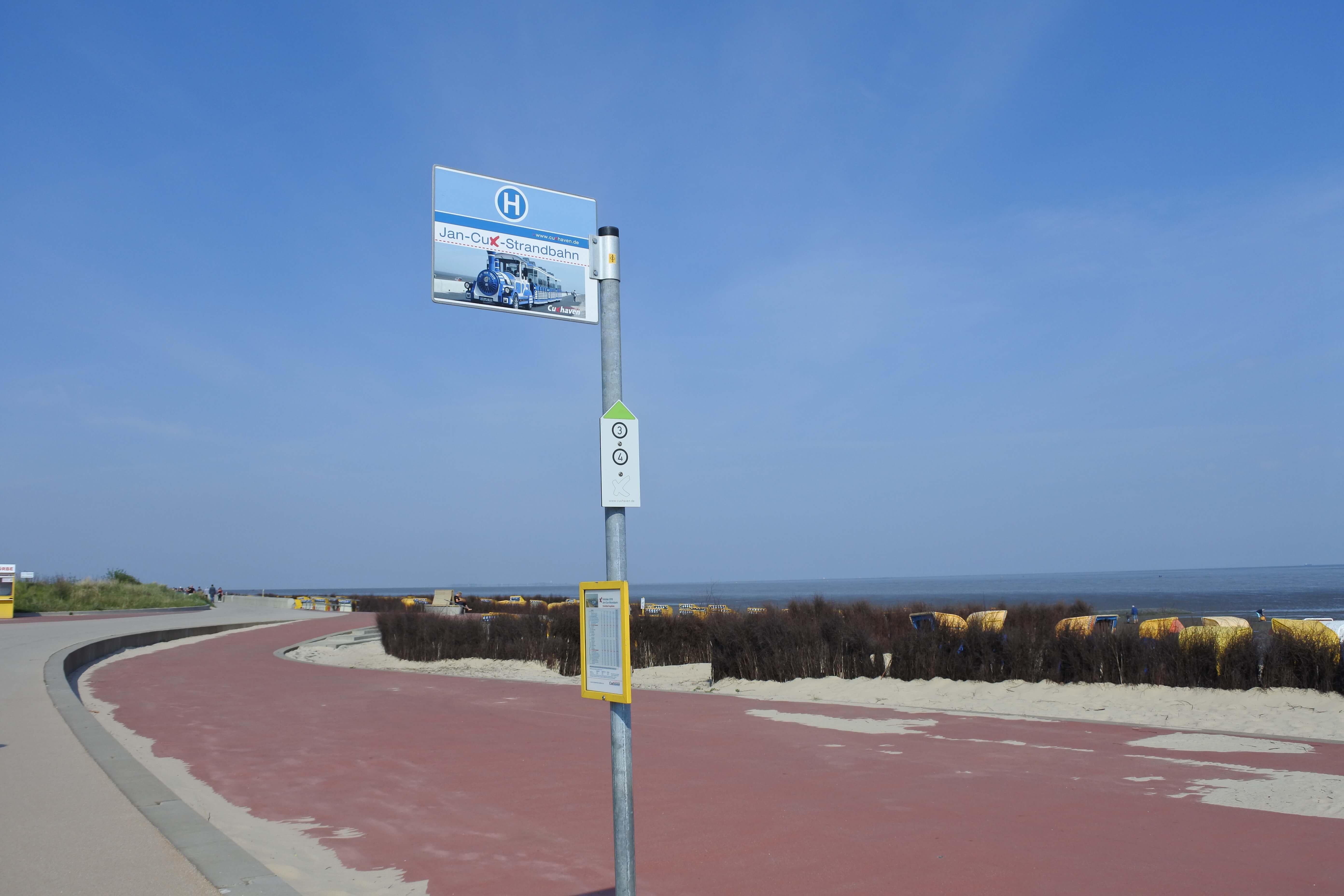 Cuxhavener Bimmelbahn.JPG