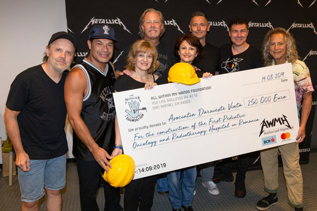 Metallica donates €250,000 to Romanian pediatric cancer hospital