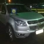 PRF recupera caminhonete roubada logo após o assalto na BR 242