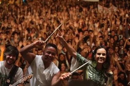A cantora baiana Ju Moraes e as bandas locais Família Grão de Luz e Griô e Zion também empolgaram