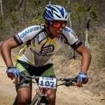Família de ciclista de Morro do Chapéu pede ajuda após acidente com o atleta
