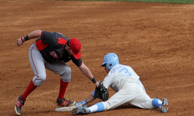 Pitt Shuts Out No. 6 UNC Baseball to Avoid Sweep