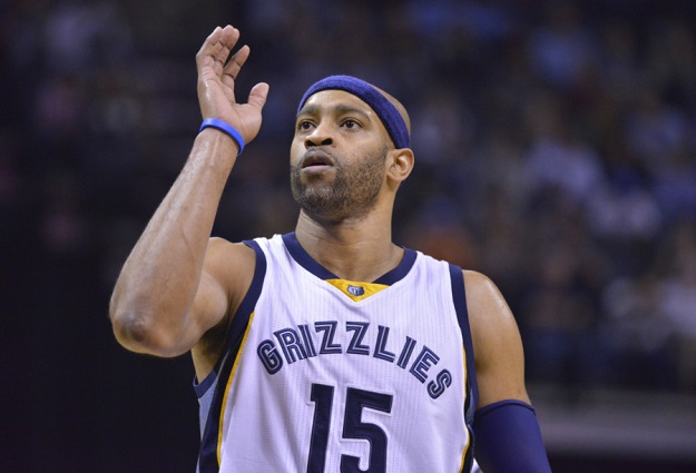 Vince Carter Signs With Sacramento Kings, Will Play 20th NBA Season