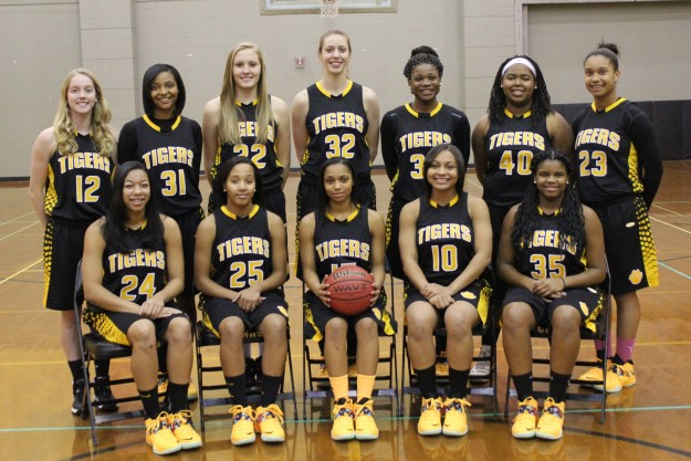 CHHS Girls' Basketball Cruises To Regional Final
