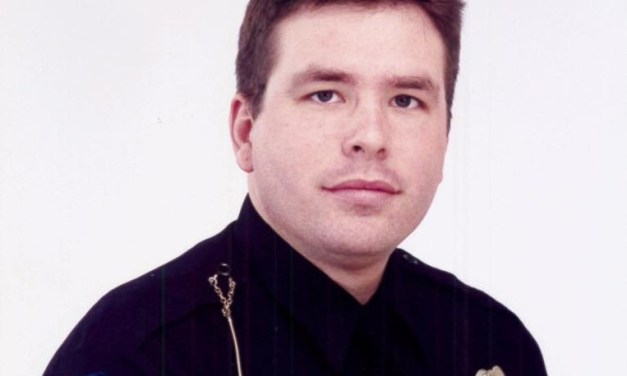 Chapel Hill Police Honor Officer in Hospice, as Support Pours in from All Over NC