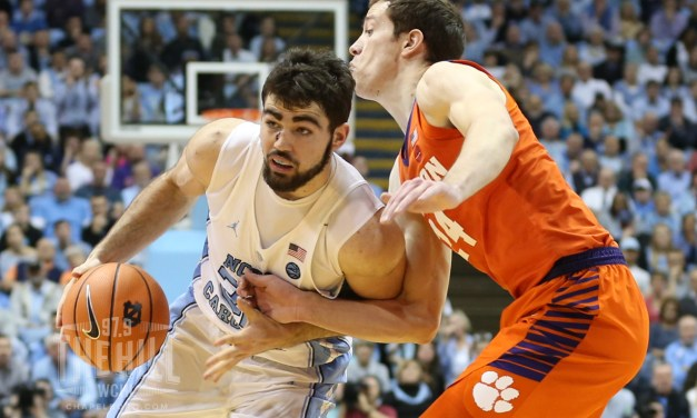 UNC's Luke Maye Returning to Chapel Hill for Senior Season