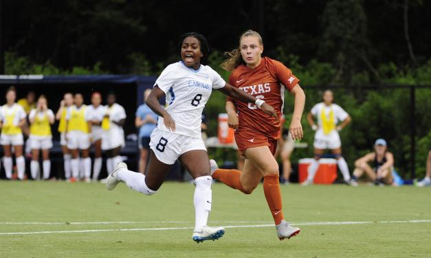 Women's Soccer: No. 3 UNC Rolls to 7-1 Victory Over Syracuse