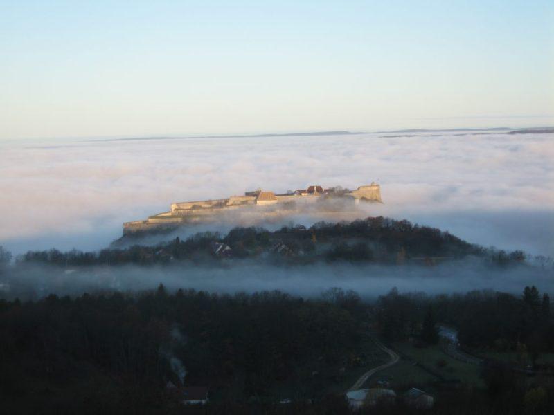 La Citadelle de Besançon vue de la Chapelle des Buis