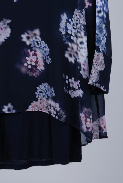 Phase Eight Floral Top - Size 18 - Front Hem