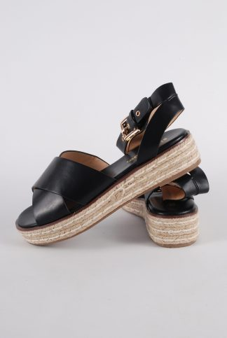 Simply Be Black Cross Toe Sandals - Size 4.5 - Side