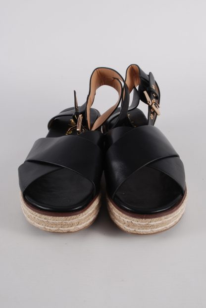 Simply Be Black Cross Toe Sandals - Size 4.5 - Front Detail