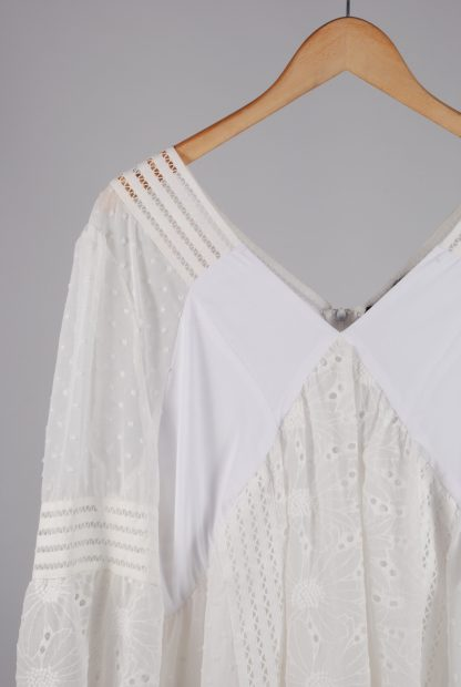 Boohoo Cream & White Broderie Dress - Size 16 - Front Detail