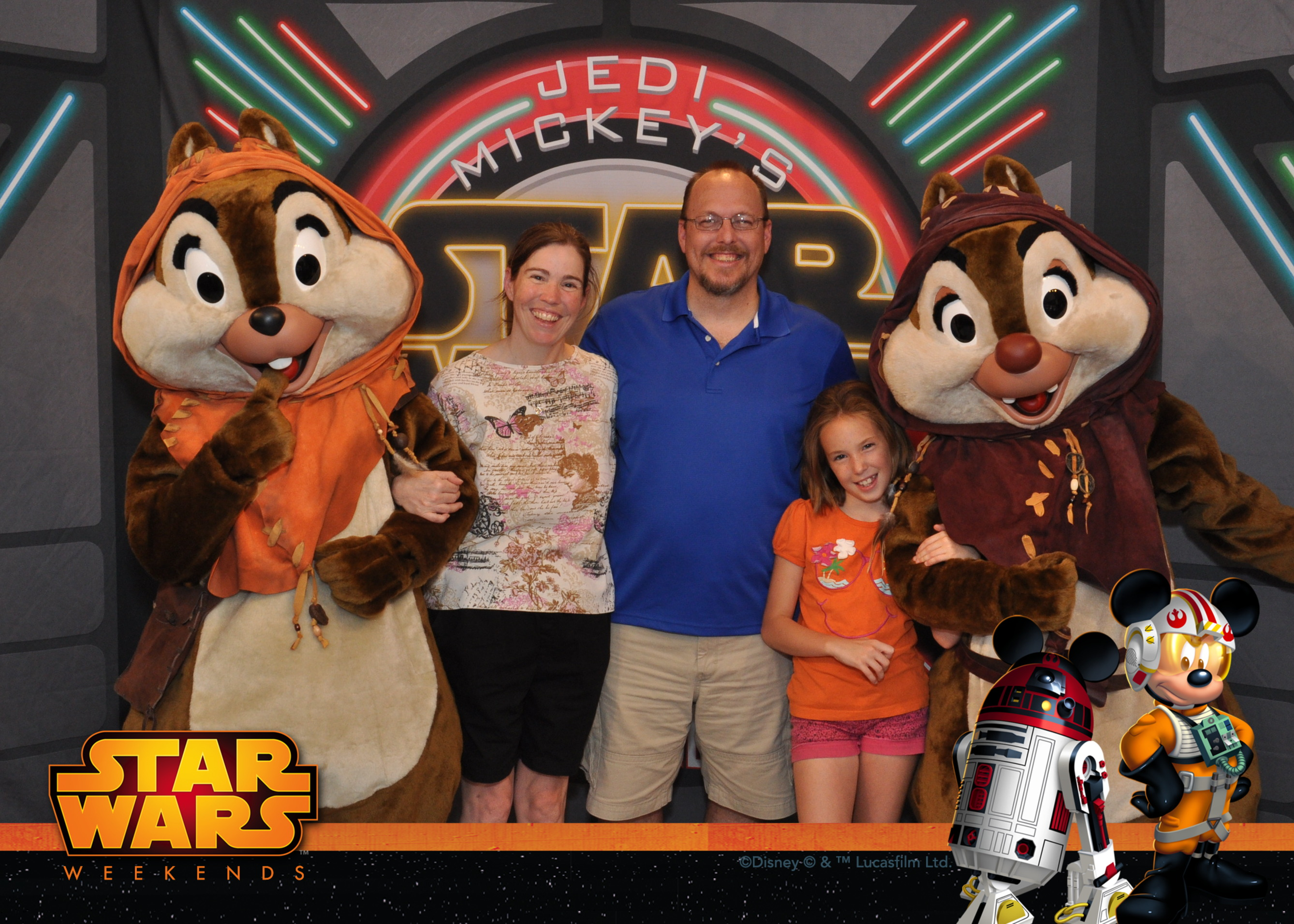 Chip n Dale as Ewoks at Jedi Mickey's Star Wars Character Meal