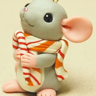 Mouse with Candycane © Shelly Schwartz