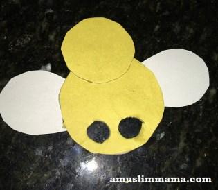 honey-bee-finger-pupper (4)