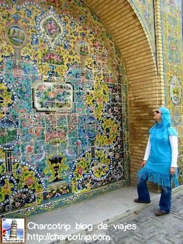 Seguimos caminando y nos encontramos con mas mosaicos