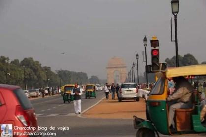 calle-india-gate
