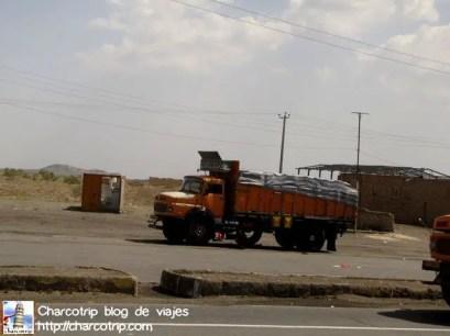 Un camión de carga