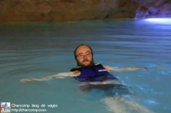 cenote-cascabel-homun-nadando-vicente