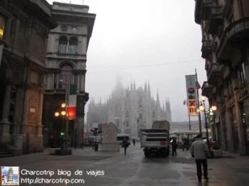 duomo-milano-niebla2