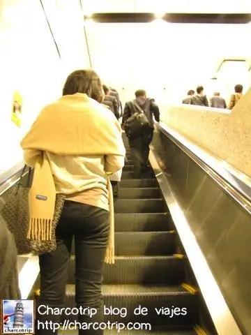 escaleras-metro-tokio