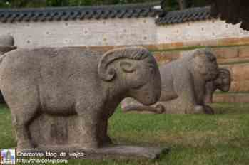 estatuas-tumbas-joseon