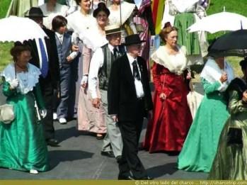 fiesta-traje-arles-gente
