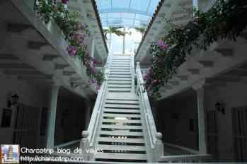 Escalera para subir a la terraza