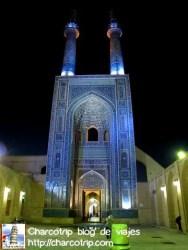 La Mezquita Jame de noche