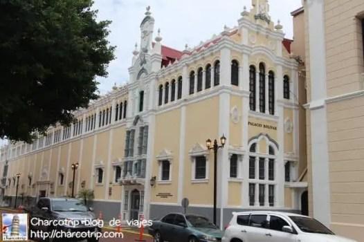 palacio-bolivar-panama
