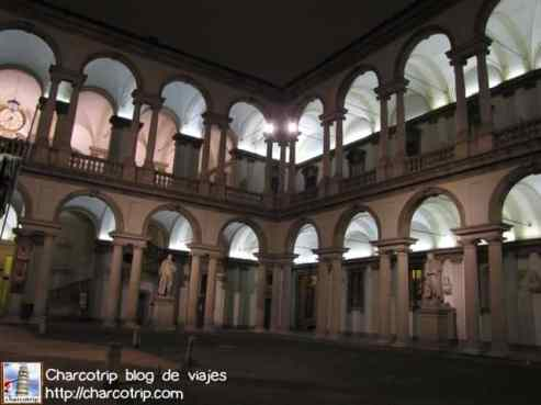 pinacoteca-brera-patio2