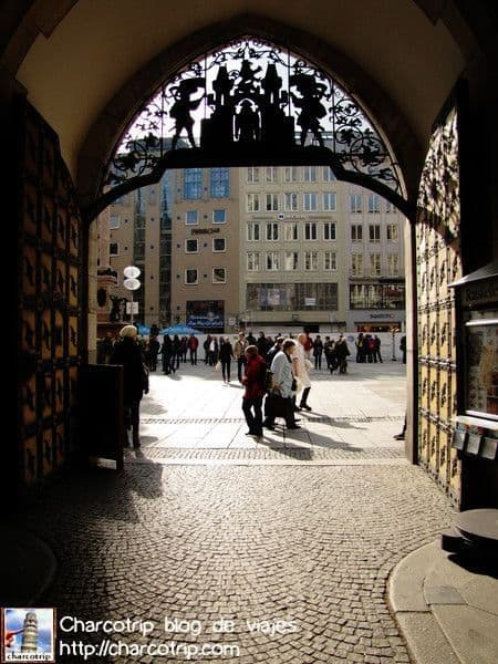 La puerta de entrada de la Rathaus