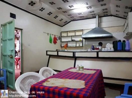 restaurante-carretera-kenia