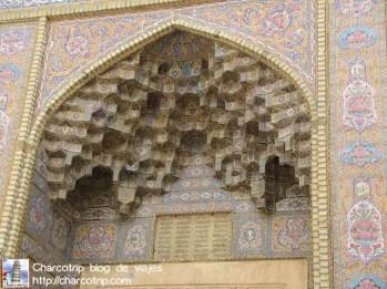 shiraz mezquita Nasir-al-Molk-exterior