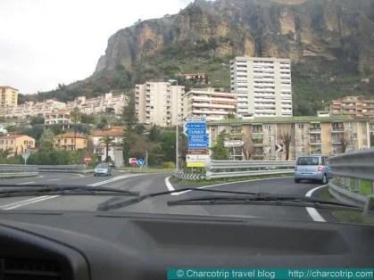 Ventimiglia llegada en automovil