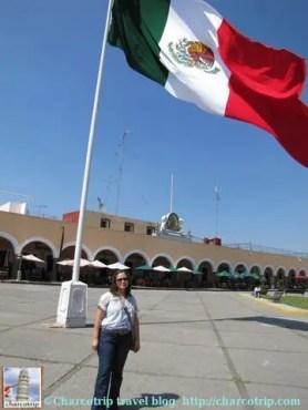 zocalo-cholula-bandera-yyo