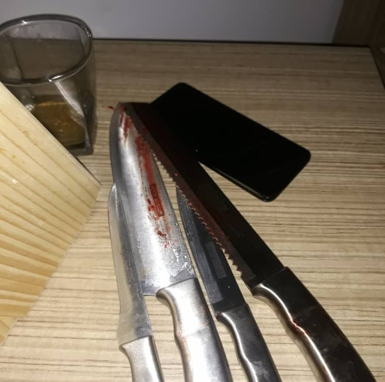 Murder-suicide incident that happened in Lekki – (See photo of the knives used in the murder)