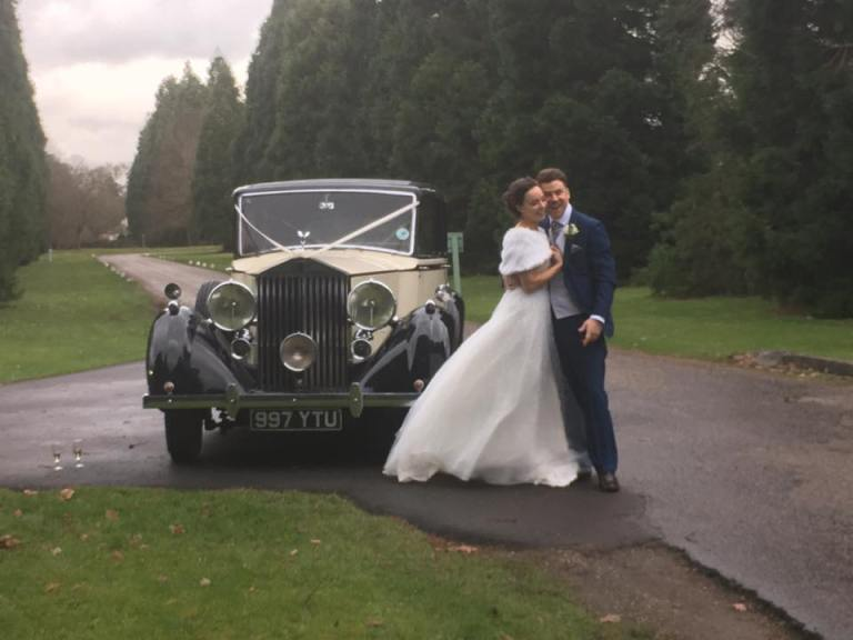rolls-royce-1939-wraith-victoria-with-the-happy-couple-2