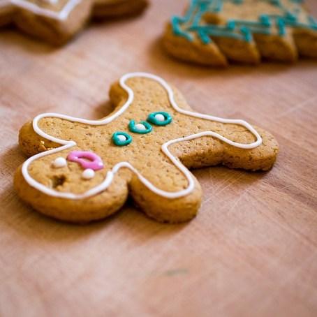gingerbread-1262890_640