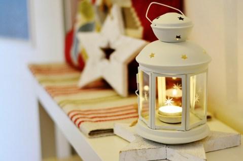 lantern-2988537_640
