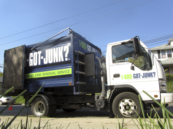 800junk_truck.jpg