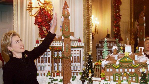 clinton-gingerbread-house.jpg