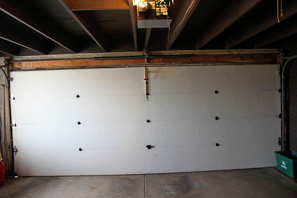 garage-door-before.jpg