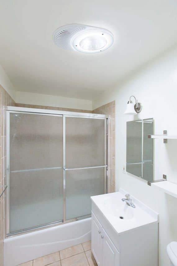 solatube-bathroom-after