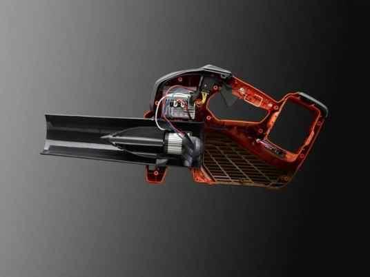 Cut through perspective on Husqvarna's new professional battery blower - 536LiB