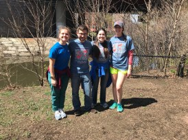 BU Branch Out volunteers at the Muddy River Cleanup