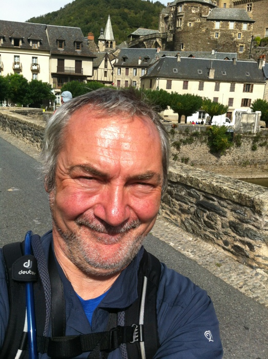 Charles Hawes in Estaing: Walking The way of St James between St Come D'Olt and Estaing written and prohotographed by Charles Hawes. Route St Jacques.