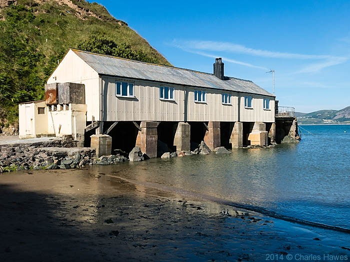 Building in Porth Dinllaen, photographed by Charles Hawes